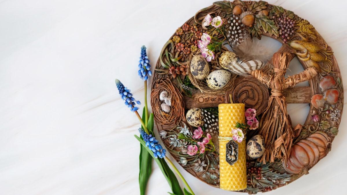 Ostara Osterdeko Bienenwachskerze Dekoration Rad Blüten Wachteleier